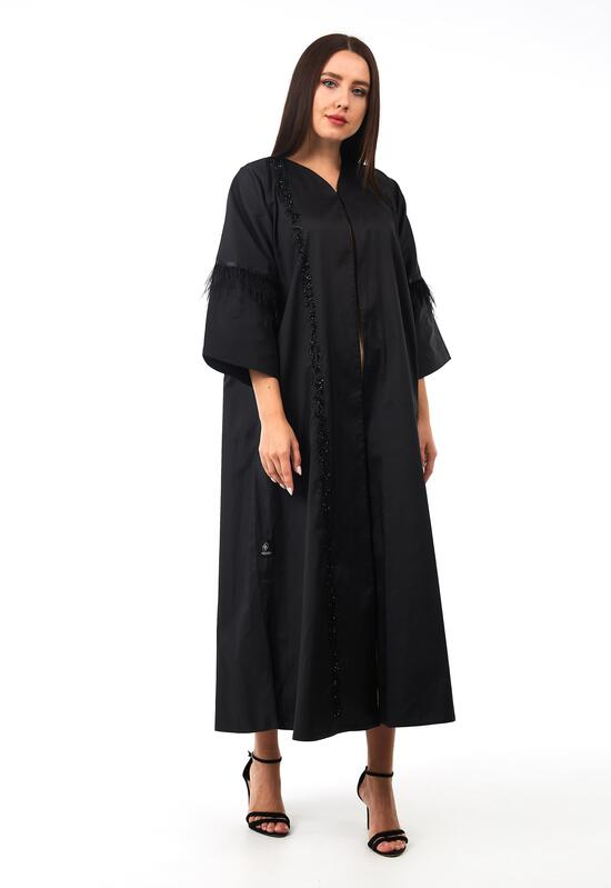 A distinctive open abaya with sleeves in a modern design