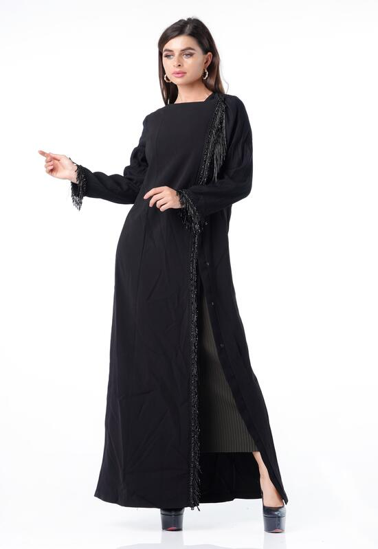 Abaya with a distinctive cut design, with embroidery on the edges, in a light black color