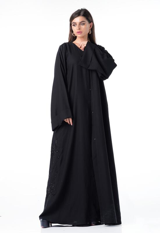 Abaya with a solid and soft design with a comfortable design