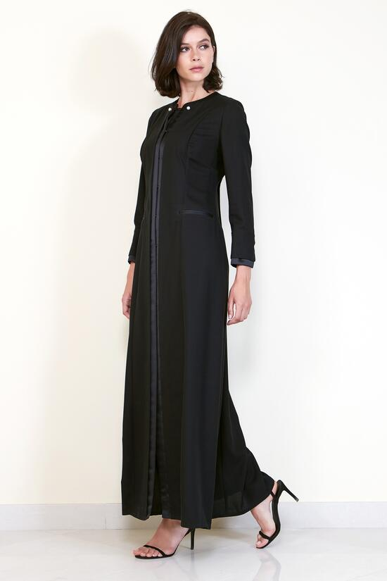 Chanel Boy II - A sophisticated black abaya with pearl embroidery