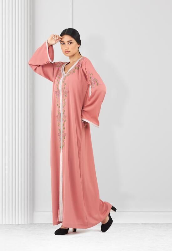 Pink makhour is fully embroidered with sleeves